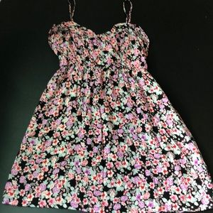 Summery floral dress!